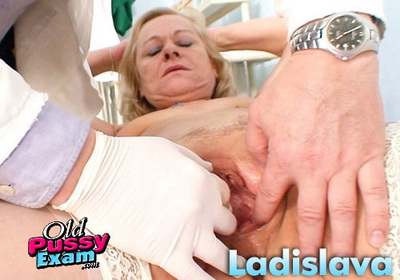 Mature Old Pussy Ladislava Spreads Legs in Gyno Exam Clinic